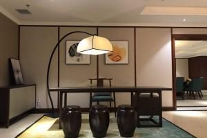 新中式落地灯对比中式落地灯有什么样的不同?